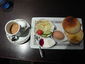Motomachi_caffee_aizumano_hanare3